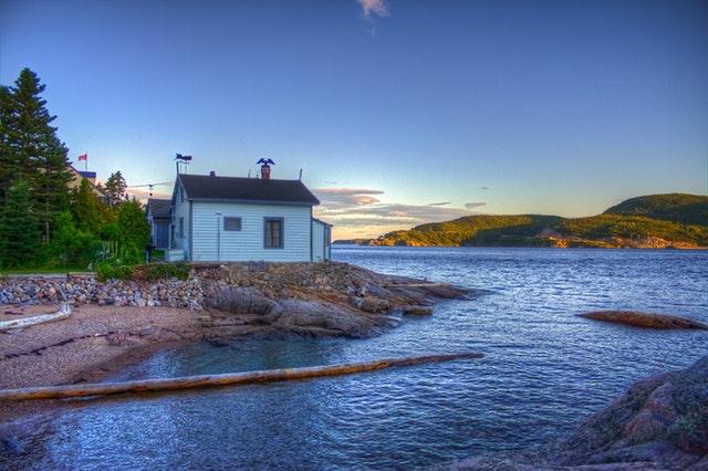 Pearl-Sea-Cruises-Fishing-House | AardvarkCompare.com