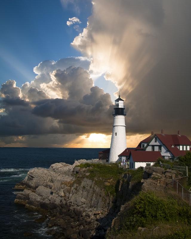 Pearl-Sea-Cruises-Lighthouse | AardvarkCompare.com