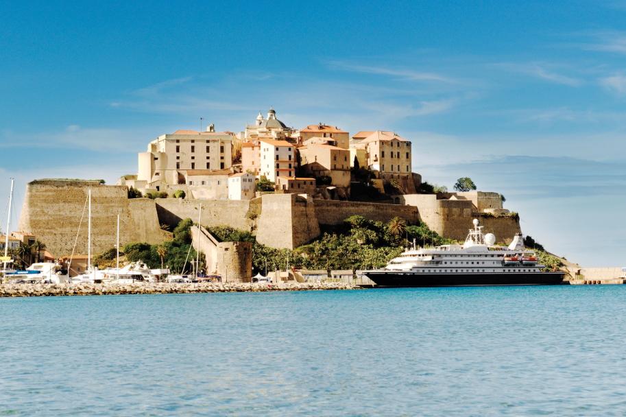 Sea-Dream-Yacht-Club-Fort | AardvarkCompare.com